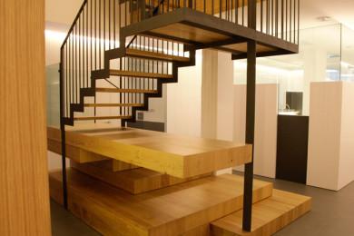 Escales accés 2a planta